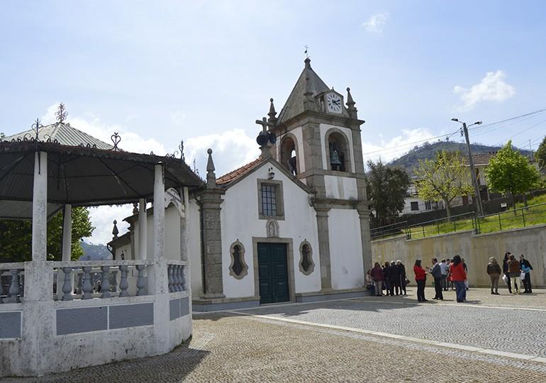 Capela de Nª Srª das Amoras – Romaria das Cruzes